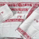 nappe-blanche-rouge
