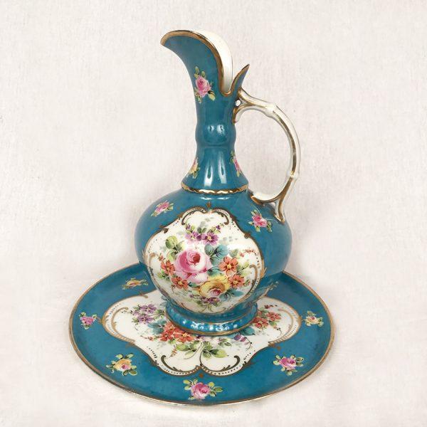 pichet-plateau-porcelaine-decor-fleurs