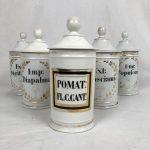 anciens-pots-pharmacie-porcelaine